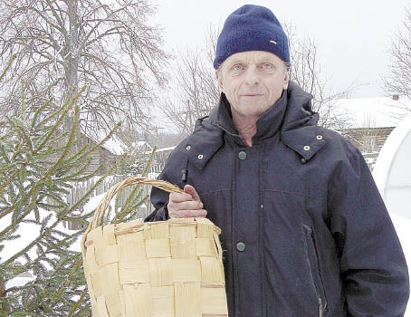 Владимир Кузнецов - мастер, рыбак, печник.