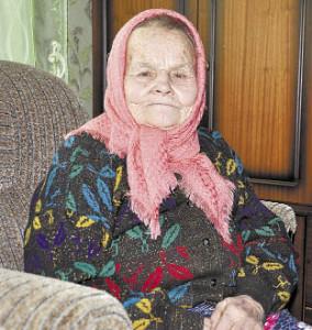 Анна Степановна Кускова прошла славный трудовой путь. Желаю ей здоровья, стойкости, долголетия.