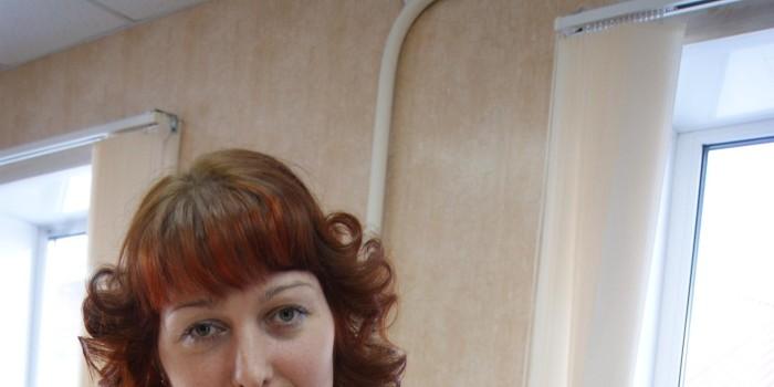 Екатерина Казунина на бюджетную поддержку приобрела рабочее место в парикмахерской райцентра и открыла свой бизнес.