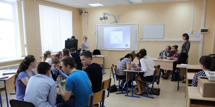 В турнире приняли участие 14 восьмиклассников из школ района.