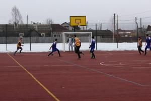 Играют «Бабушкинская школа-1» и команда Миньковской школы.