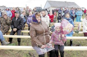 Несмотря на холодную погоду, праздник в Подболотье прошел хорошо.
