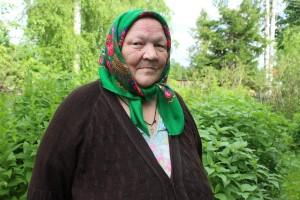 Нина Алексеевна Волкова дружит с газетой «Знамя» 60 лет. Раньше она являлась внештатным корреспондентом «районки», на страницах которой рассказывала о работе лесопункта, бригад, о хороших людях и семьях.