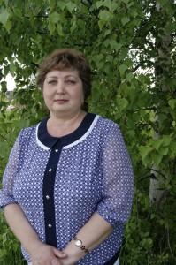 Староста Ольга Конева стремится совместно с жителями благоустроить Великий Двор.
