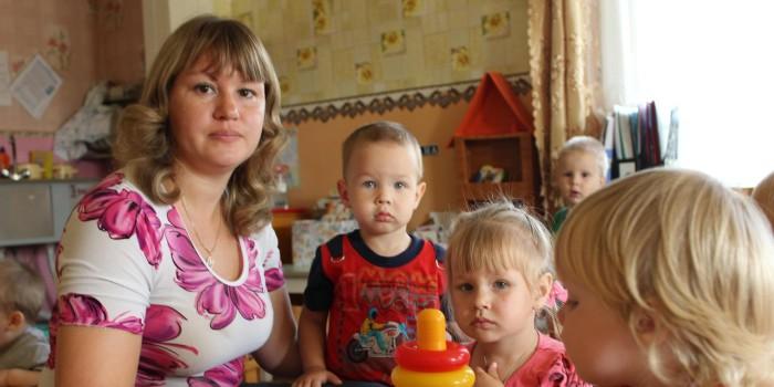 Любовь Макарова: «Я люблю свою работу. Глядя в глаза детей, я хочу сделать мир добрее».