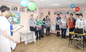 Ведущие Елена Сысоева и Елена Князева рассказали землякам и о том, что в декабре этого года пройдут основные торжества в честь векового юбилея ЗАГС Российской Федерации.