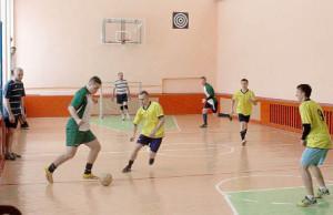 Играют команды «МинРос» и «Миньково».