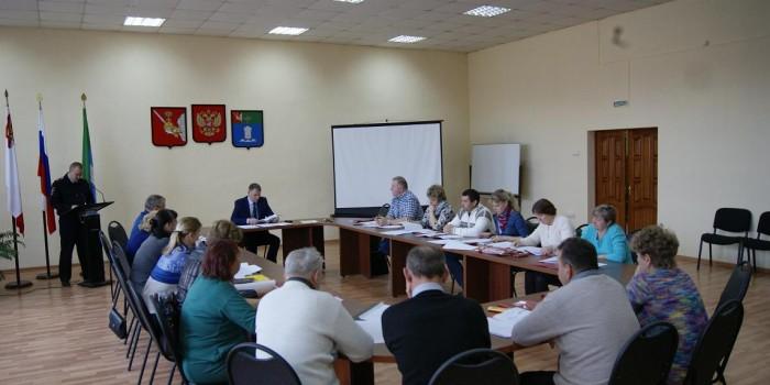 Депутаты заслушали отчет начальника ОМВД России по Бабушкинскому району Николая Вторушина.