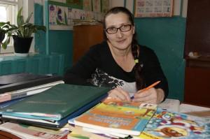 В настоящее время Дина Жирохова преподает в Логдузской школе.