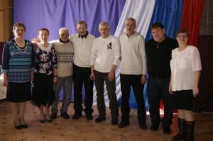 Во время встречи воинов-интернационалистов в деревне Тиманова Гора; фото на память.