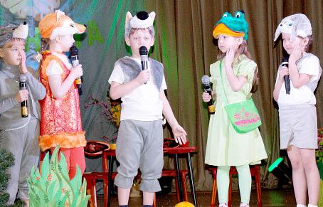 Участники театральной студии «Колокольчик», детский сад № 1.