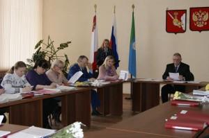 Депутаты района заслушали информацию об итогах развития района в 2017 году, представленную Натальей Поповой.