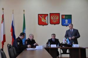 Во время встречи в администрации района.