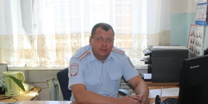 Начальник ОГИБДД России по Бабушкинскому району Александр Поповский советует родителям быть достойным примером для своих детей.