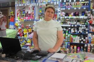 Любовь Карп в магазине «Кристина» с. им. Бабушкина.