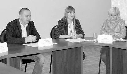 Круглый стол провел врип руководителя администрации района Николай Холмогоров.