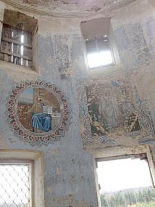 В Вкликодворской церкви.Автор - Алена Анфалова.