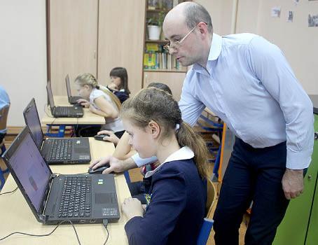 На занятии по «3D-моделированию» в Бабушкинской школе.