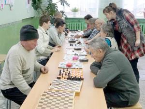 Турнир по шахматам и шашкам.