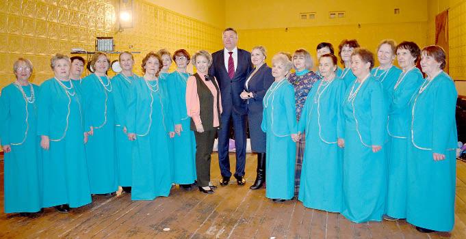 Губернатор области Олег Кувшинников пожелал Народному хору ветеранов Бабушкинского РДК новых творческих побед.