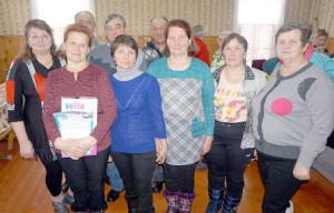 Победители II зимней спартакиады команда «Огонек» из Подболотья.