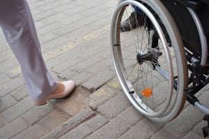 Подъезды к социальным объектам не готовы  принять инвалидов