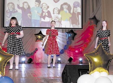 Танцевальный коллектив «Мармелад» Березниковского Дома культуры на фестивале «Лето мечты».
