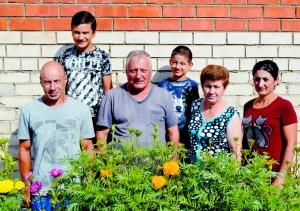 Супруги Смбат и Сусанна Сосян из села имени Бабушкина вновь стали победителями конкурса «Ветеранское подворье».